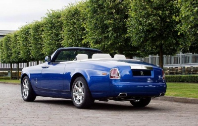 rolls-royce_phantom_drophead_coupe1_400.